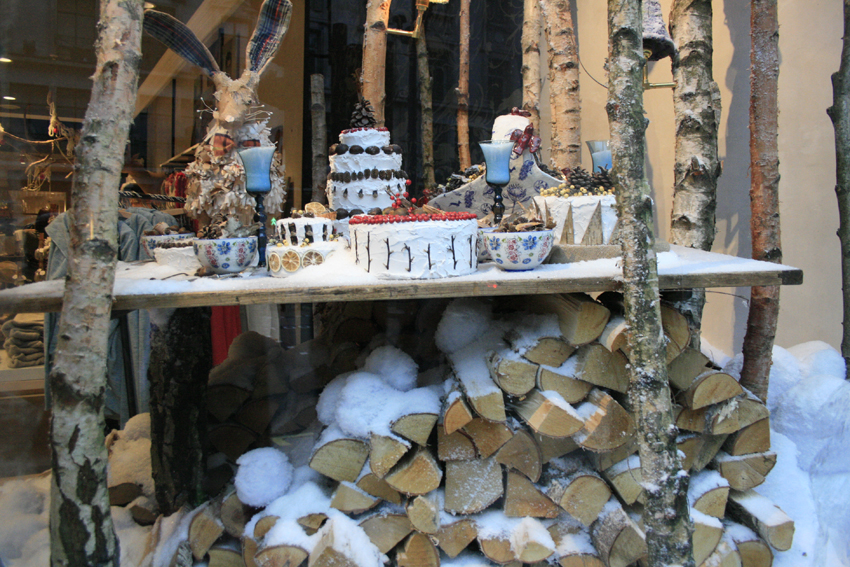I Love Anthropologie Displays This Christmas