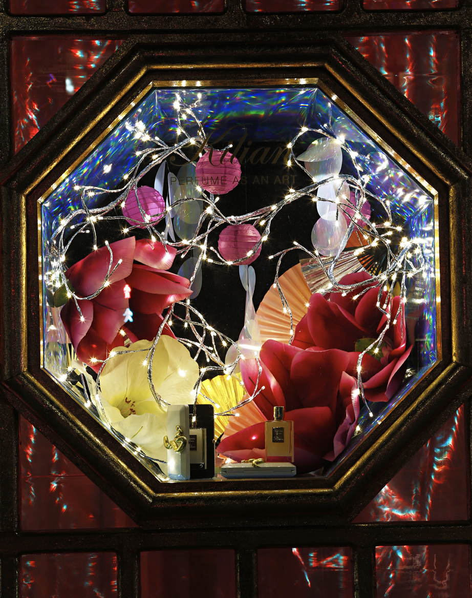 Holts unveils holiday window displays | Marketing Magazine |Holiday Window Displays